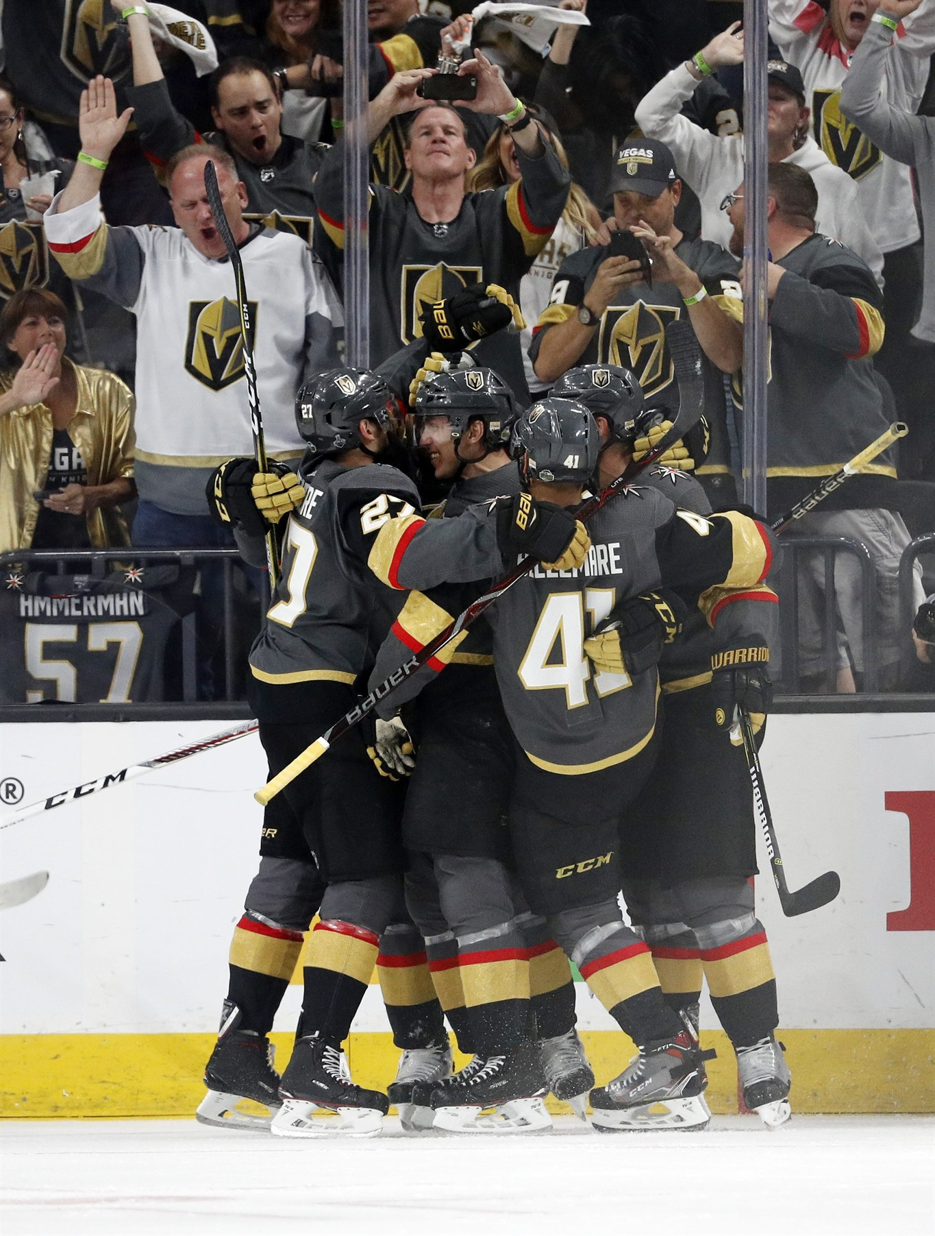 meet fc3c2 cd898 Golden Knights top Capitals 6-4 in wild Game 1 of Stanley ...