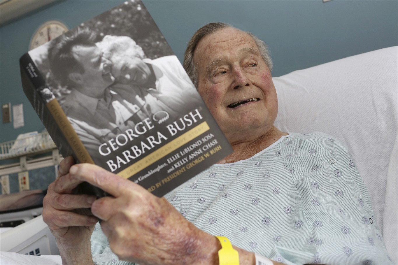 George H.W. Bush breaks a record on his birthday