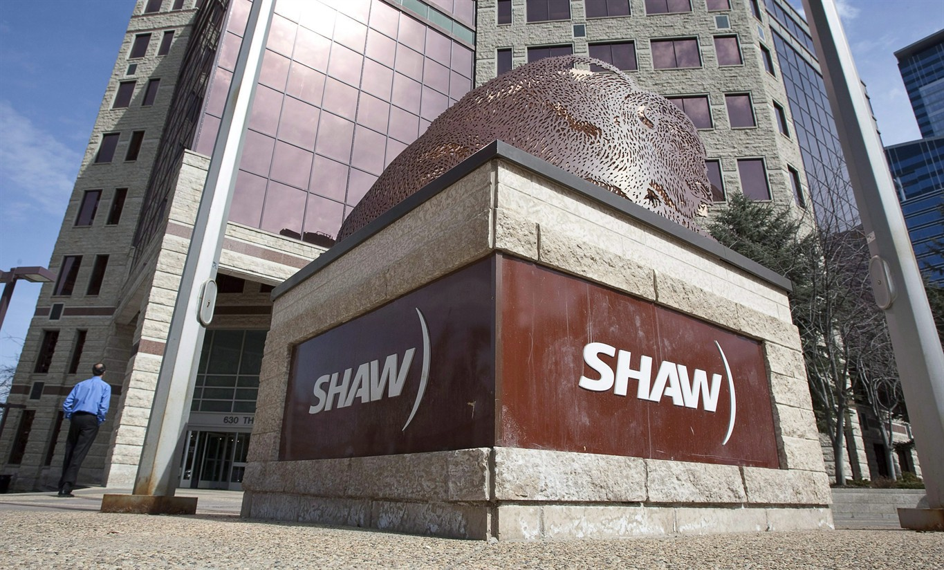 Shaw posts loss after taking $284-million charge on Corus stake