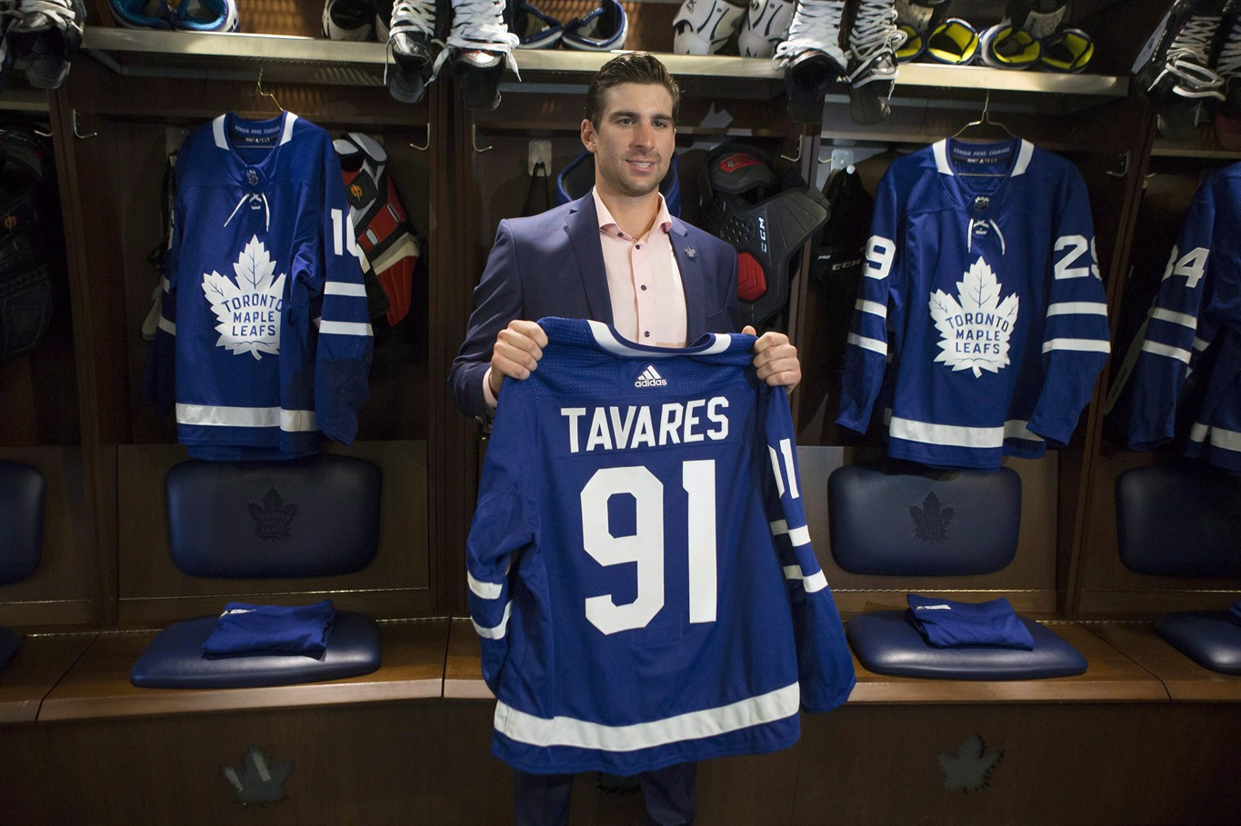 online store 024e9 17518 Lacrosse great John Tavares pleased to have his nephew join ...