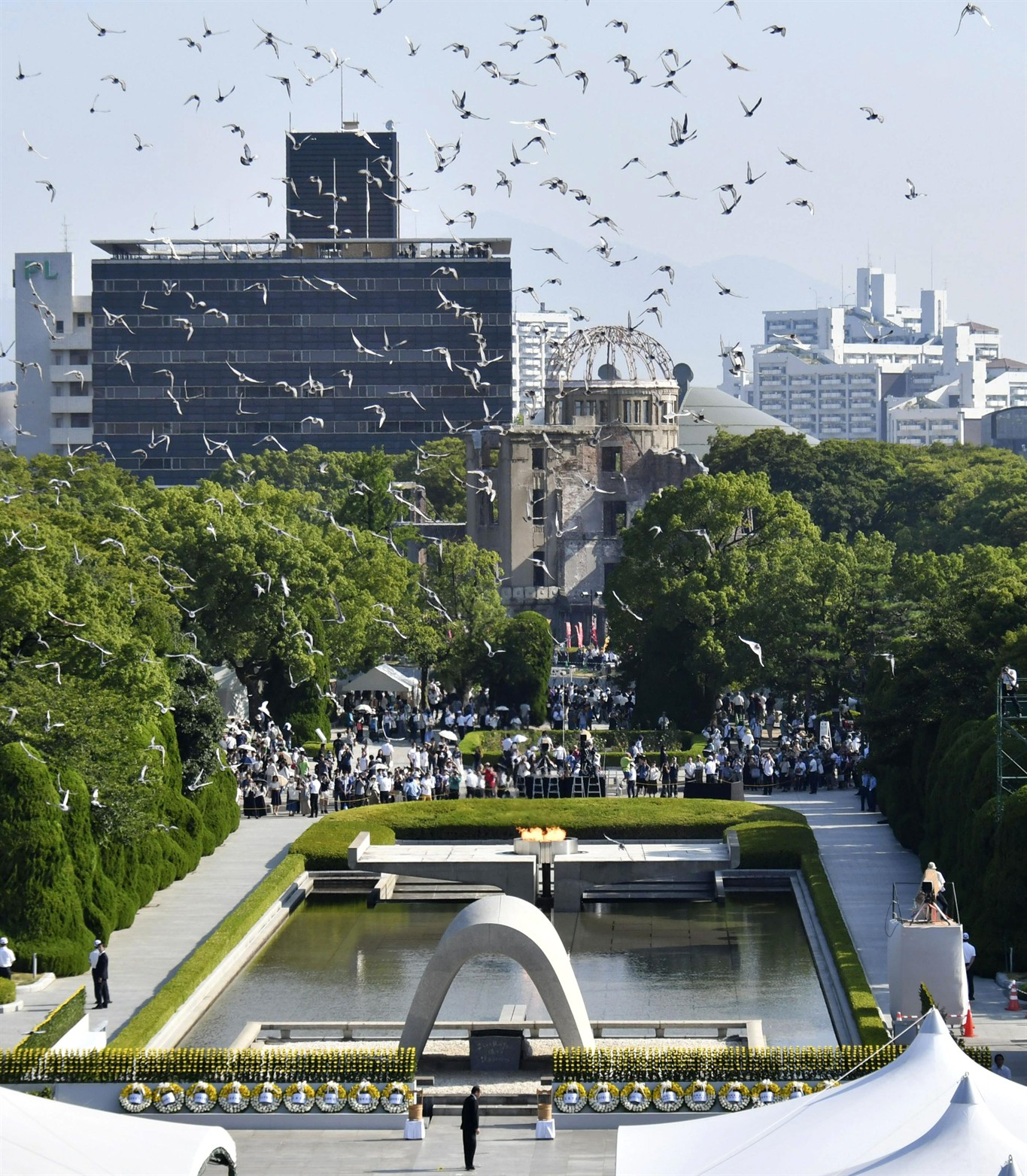 Japanese students use virtual reality to recreate Hiroshima bombing