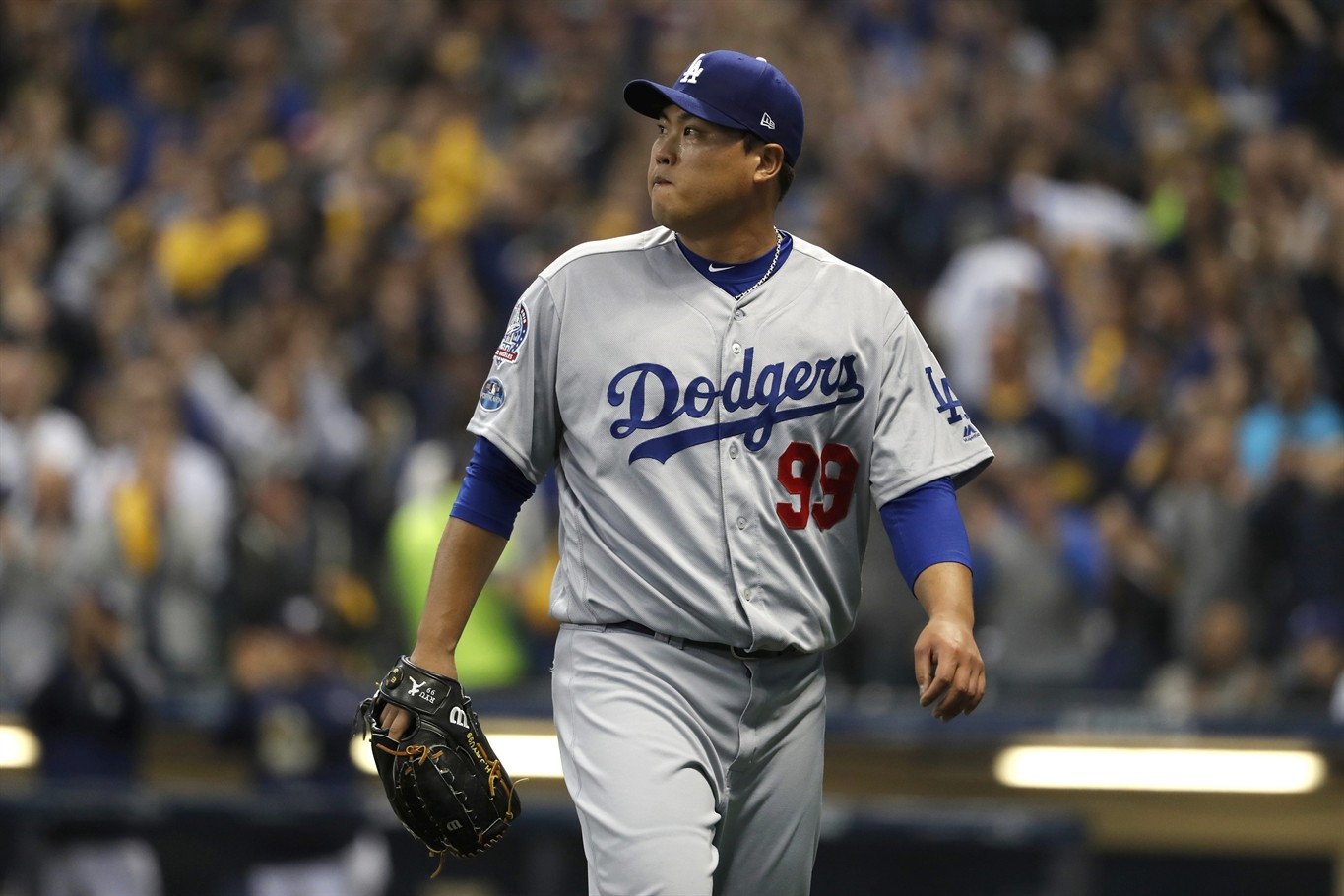 Aguilar, Brewers beat Dodgers 7-2, send NLCS to Game 7