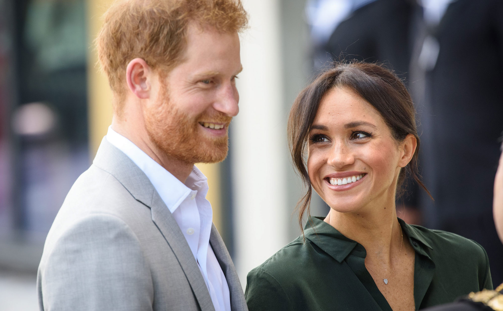 Prince Harry, Meghan Markle expecting first baby