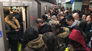 overcrowding on the TTC subway