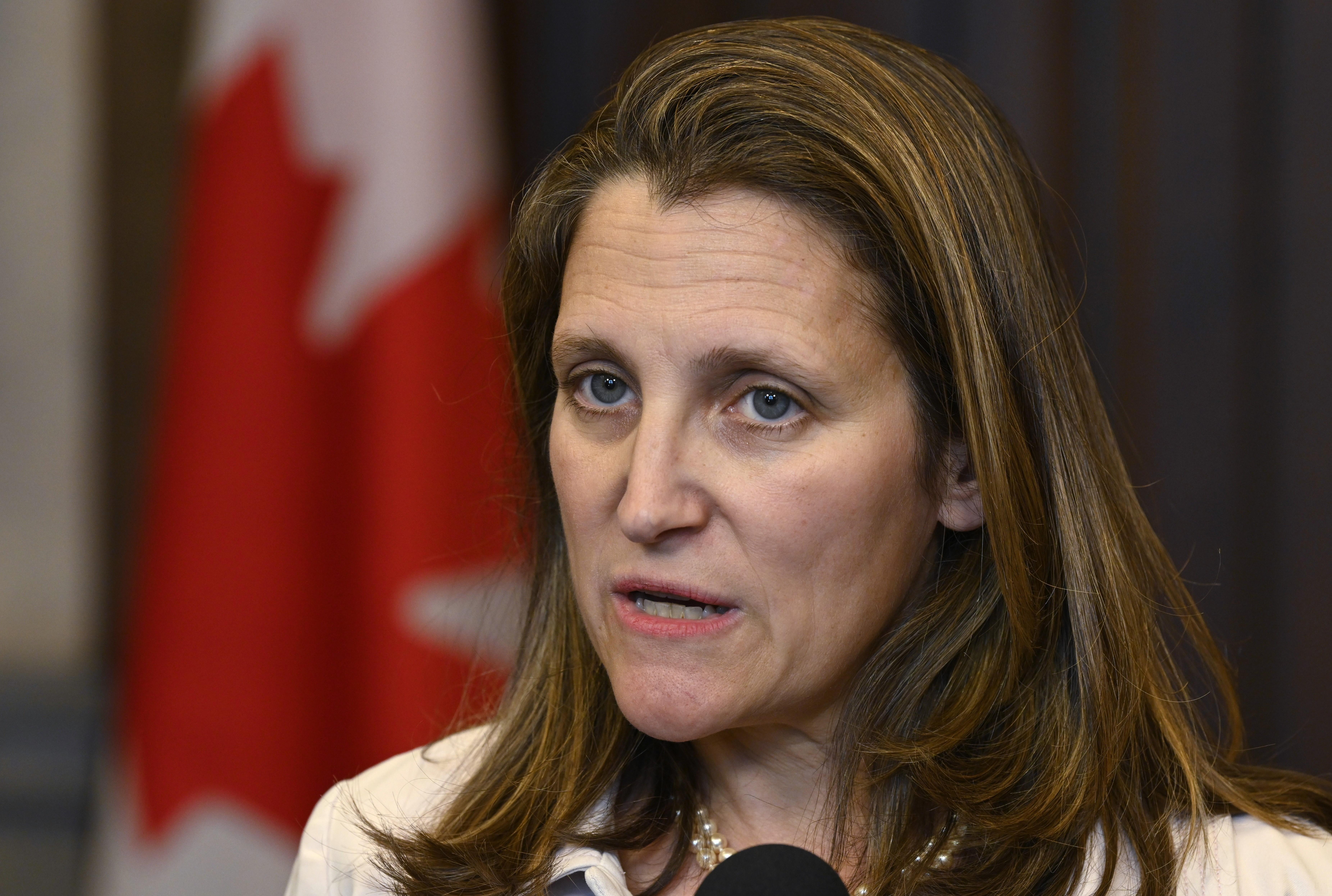 Canada Temporarily Suspends Operations at Embassy in Venezuela - FM