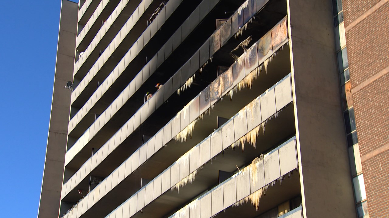5-alarm fatal fire in North York building started in apartment bedroom - 680 News