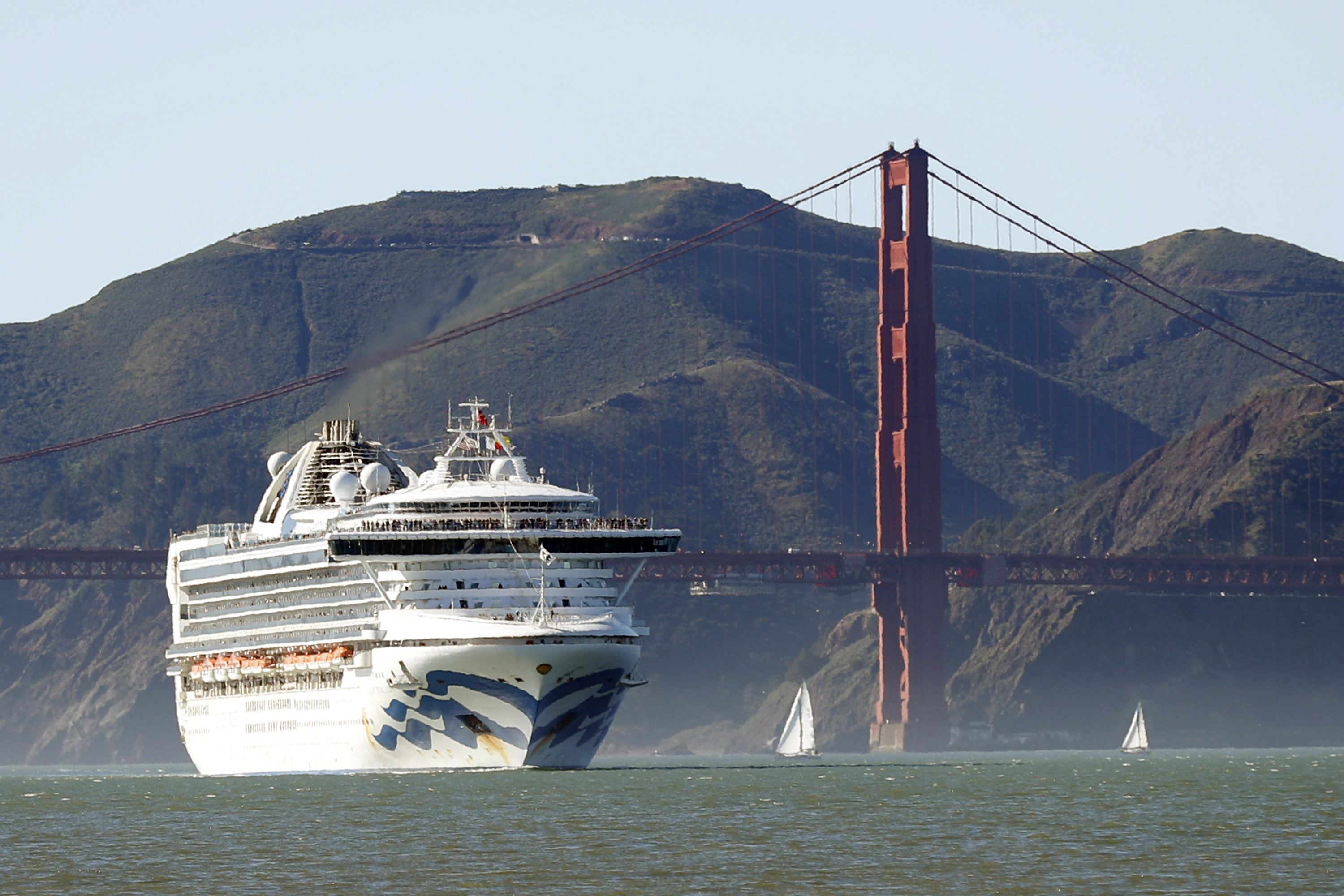 Canadians being advised to stay away from cruises, self-monitor after travel