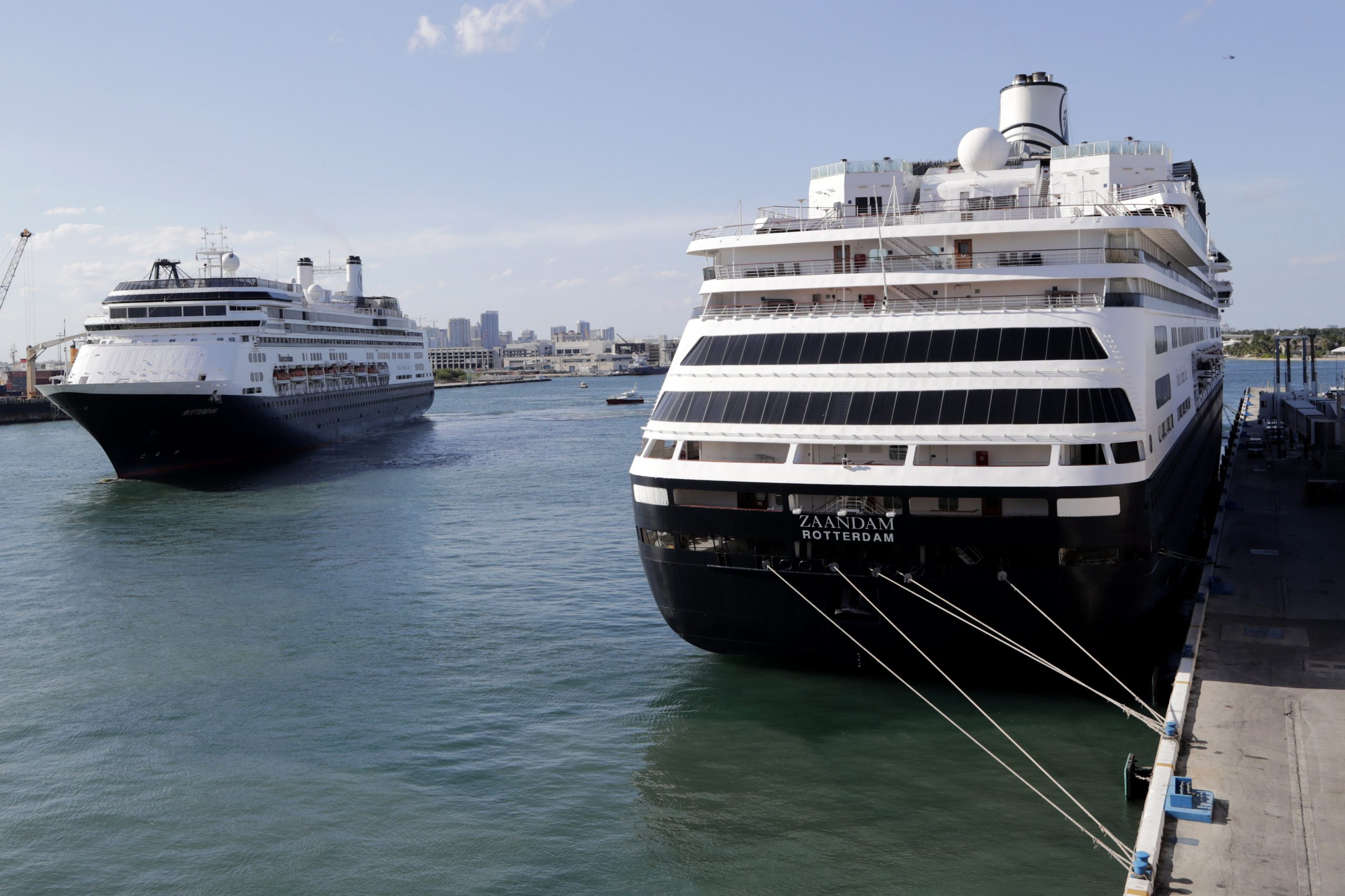 Coronavirus-hit cruise ship to dock in Florida