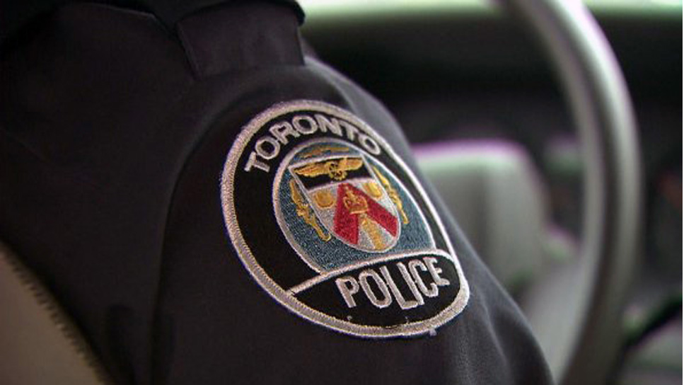 Toronto police not issuing tickets for driving with more than 5 people in car