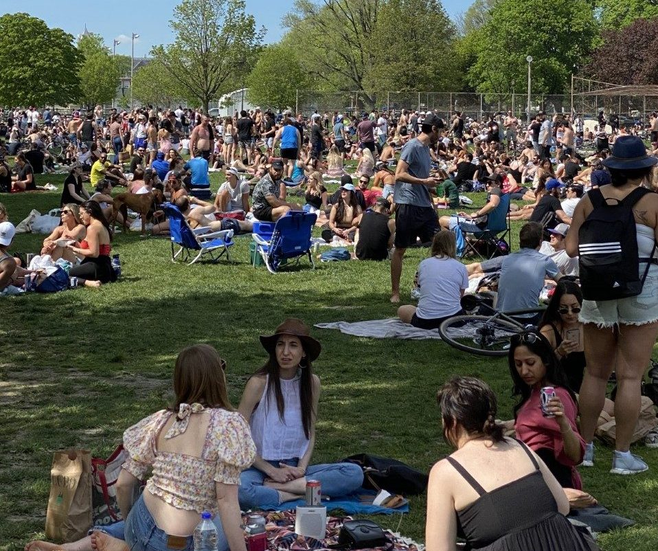 Toronto Mayor condemns large crowd at Trinity Bellwoods Park