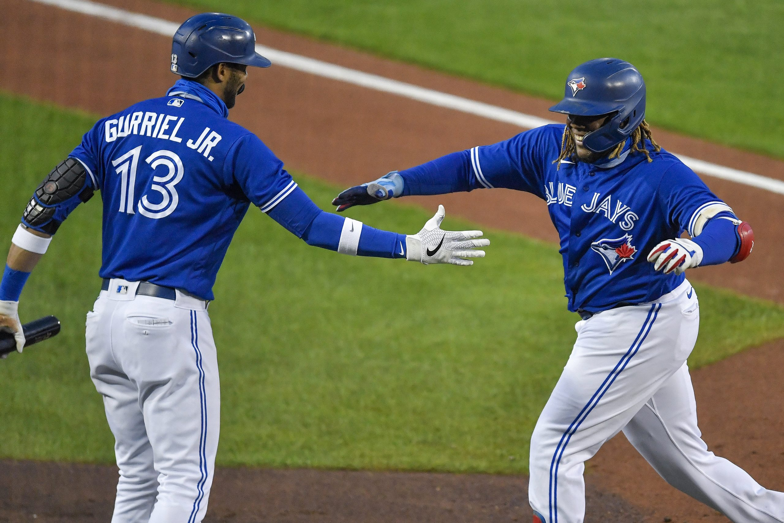 Blue Jays clinch playoff spot with win over Yankees