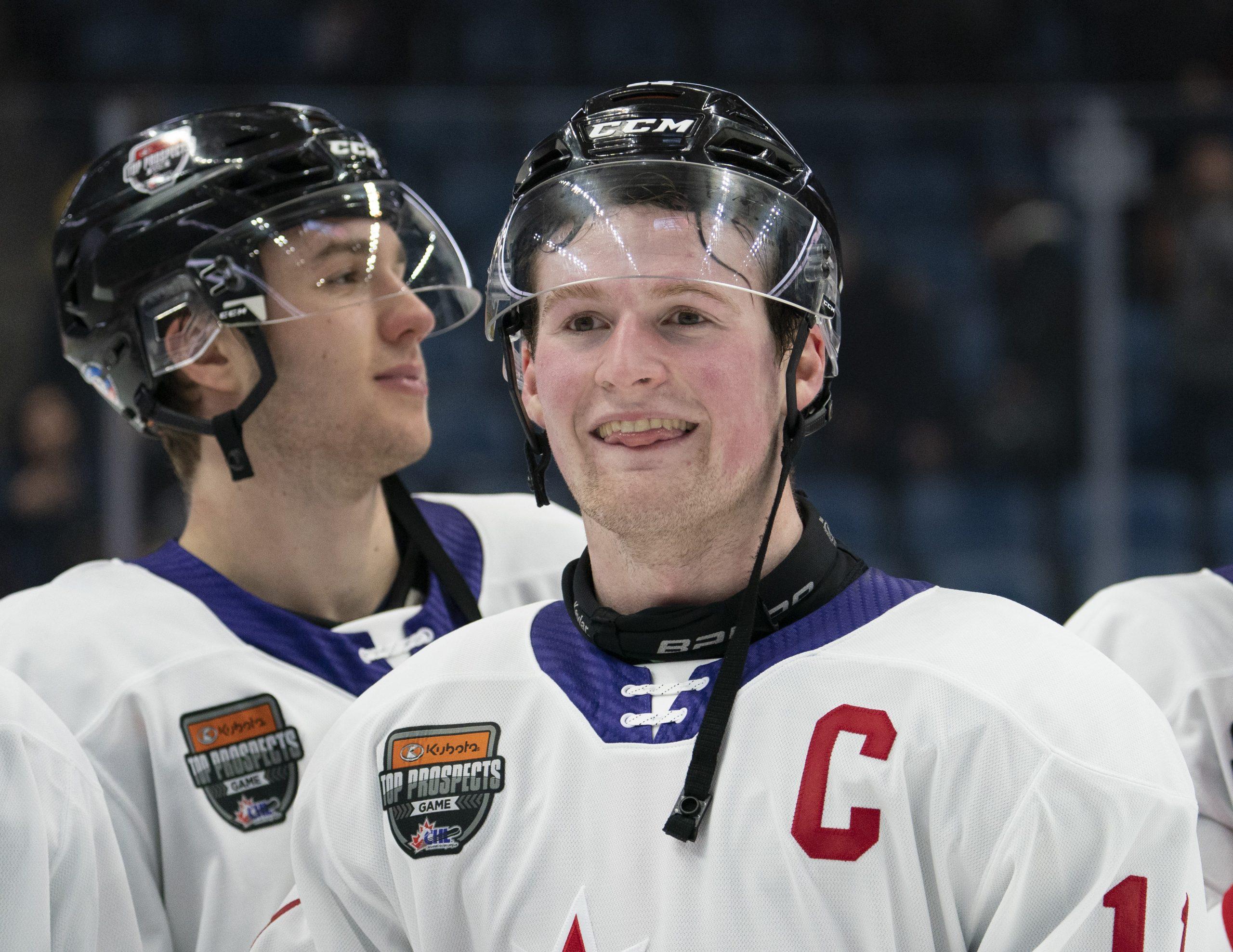 Who is Tim Stützle? Alex Trebek announces Senators draft pick