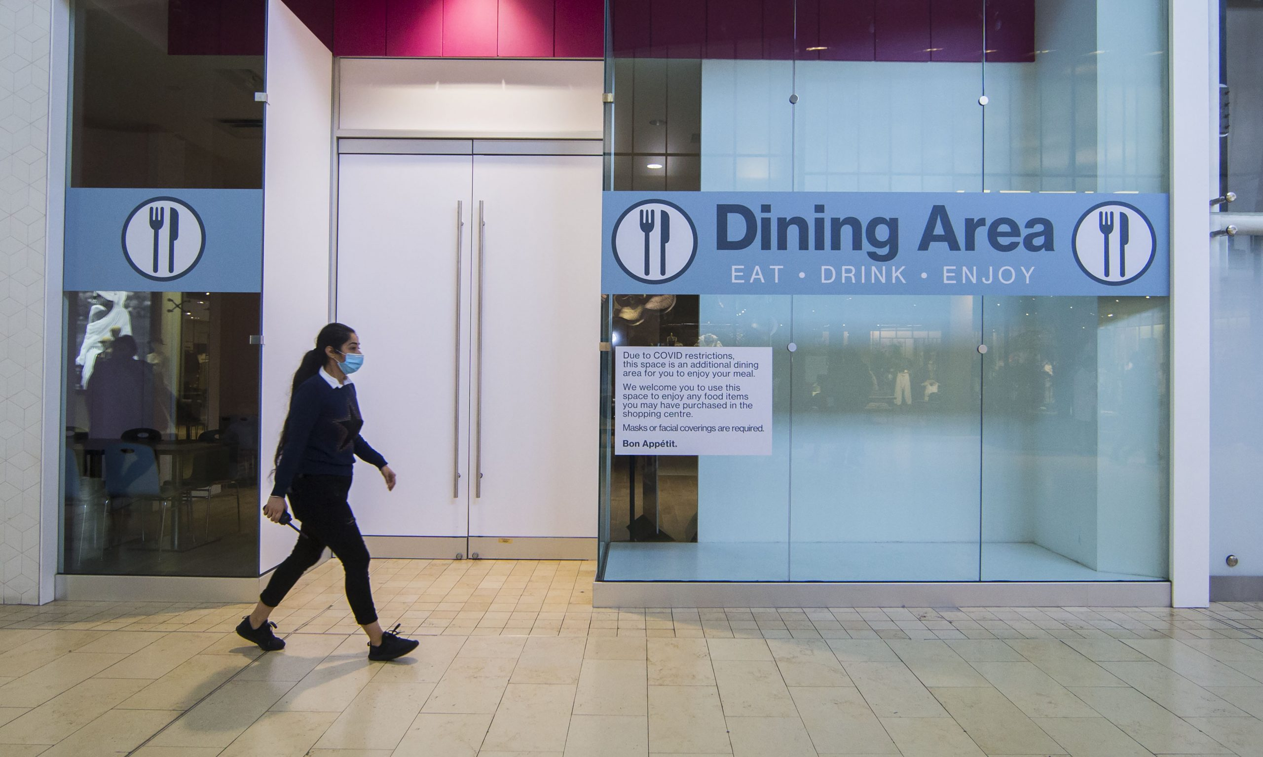 Toronto Orders Strict Covid 19 Safety Measures Prohibits Indoor Dining Amid Surge In Positivity Rate 680 News